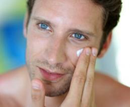 Consultation with an online skin specialist