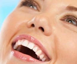 Bridge (4 tooth bridge, 2 implants)